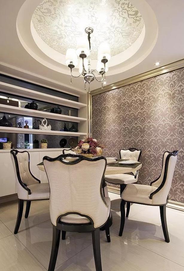 94㎡打造简约三居,客厅装修令人羡慕,主卫大胆装玻璃墙真开放